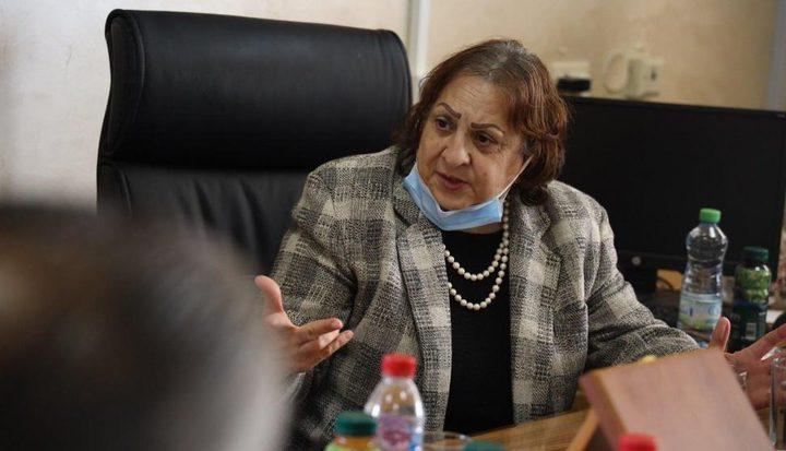 وزيرة الصحة: الوضع الوبائي في فلسطين يتجه نحو اللون الأحمر