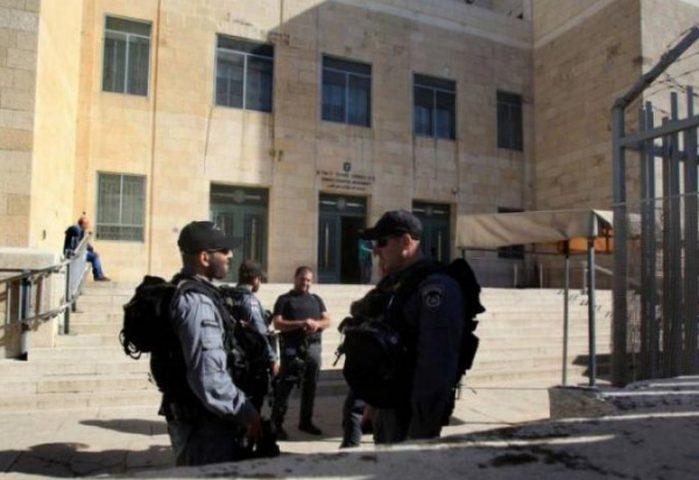 محكمة الاحتلال تؤجل محاكمة 3 أسرى من عزون