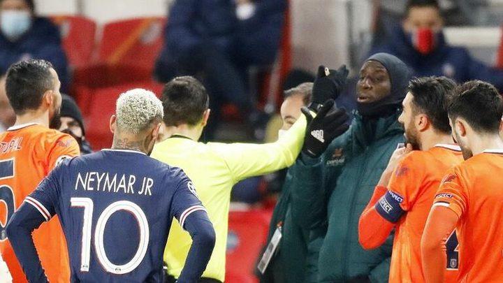 إساءة عنصرية تتسبب في تعليق مباراة باريس سان جيرمان وباشاك شهير