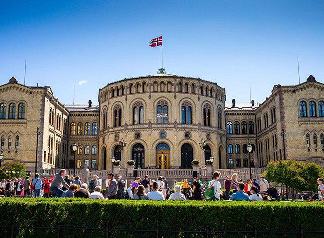 البرلمان النرويجي يصادق على تقليص المساعدات للفلسطينيين