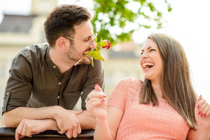 الفرق بين طريقة حب الرجل وحب المرأة