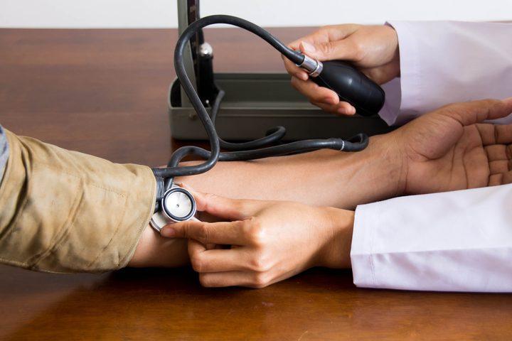 ما هي الطريقة الصحيحة لقياس ضغط الدم ؟