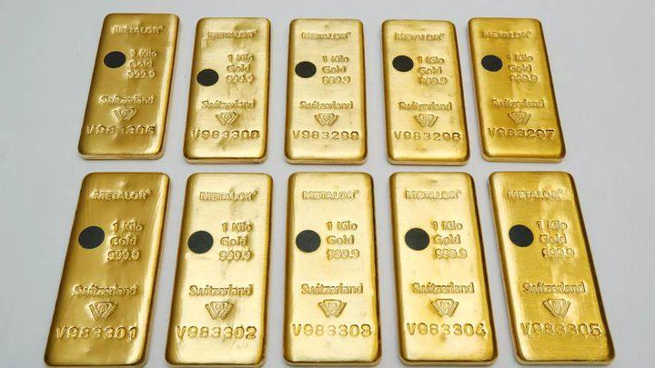 هبوط سعر الذهب بعد إقرار الكونغرس الأمريكي حزمة مساعدات اقتصادية