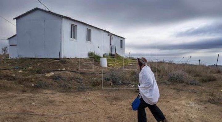 """مستوطنون يضعون """"كرفانا"""" على أراضي قرية أم الريحان في جنين"""