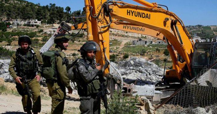 الاحتلال يهدم بركسات ومنشآت تجارية وكراجات شرق القدس
