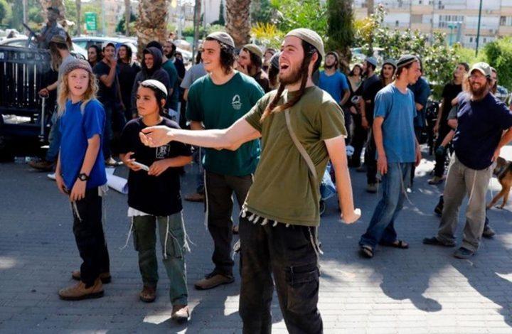 تجمعات للمستوطنين قرب الحرم الإبراهيمي في الخليل وجنوب نابلس