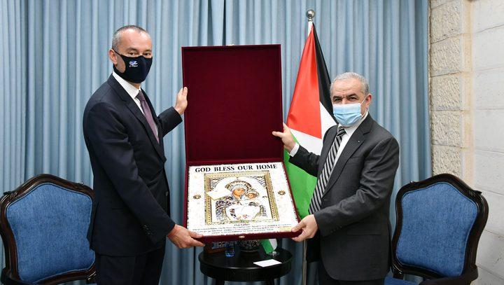 اشتية: الأمم المتحدة رمز الشرعية والقانون الدولي