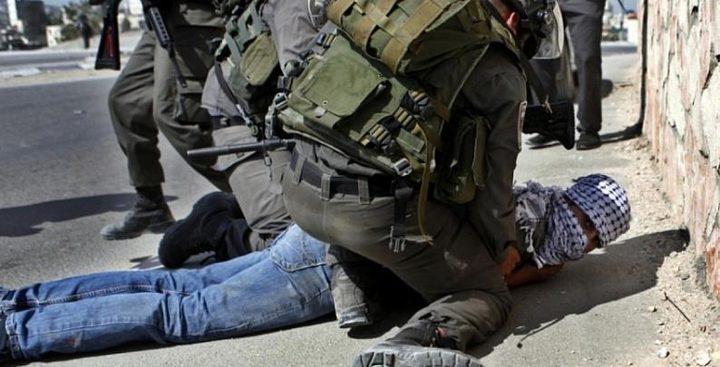 قوات الاحتلال تُنكل بـ 4 أسرى خلال اعتقالهم