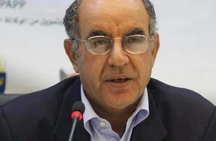 الرئيس عباس يعزي بوفاة الوزير السابق يوسف أبو صفية
