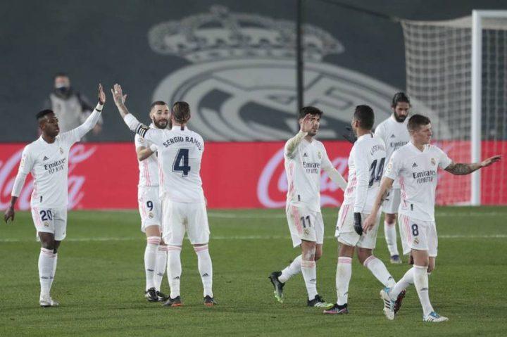 """بيريز يغازل نجم ريال مدريد ويصفه بـ""""صفقة الشتاء"""""""