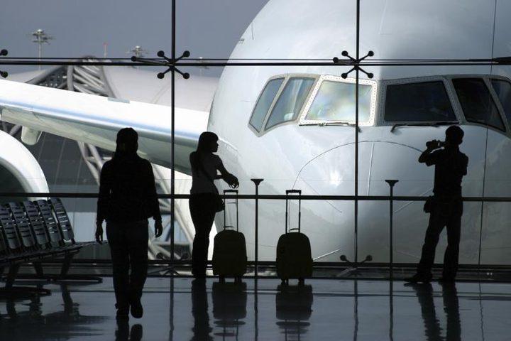أين يتمركز فيروس كورونا في المطارات؟