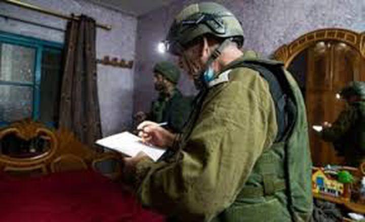الاحتلال يأخذ قياسات لمنزل الأسير محمد قبها تمهيدا لهدمه في جنين