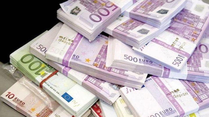 اليورو يسجل أعلى مستوى له أمام الدولار