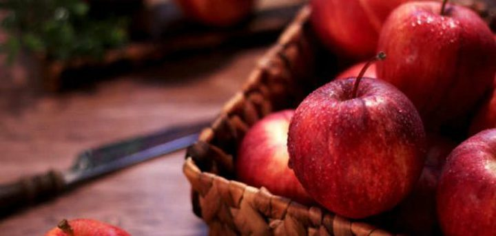 دراسة: تناول تفاحة يوميا يساعدك على حرق الدهون
