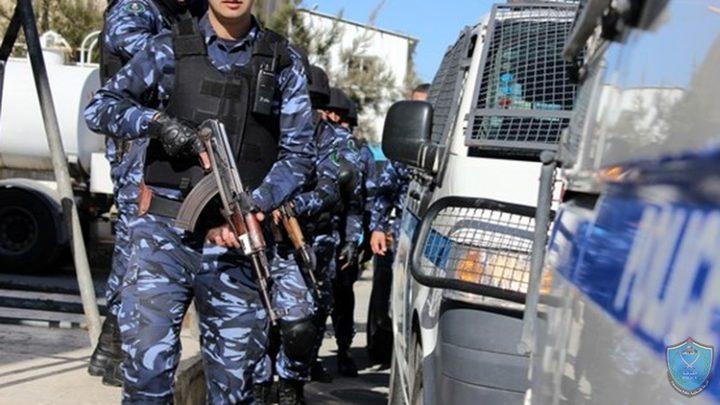 الشرطة تقبض على مطلوبين للعدالة في الخليل