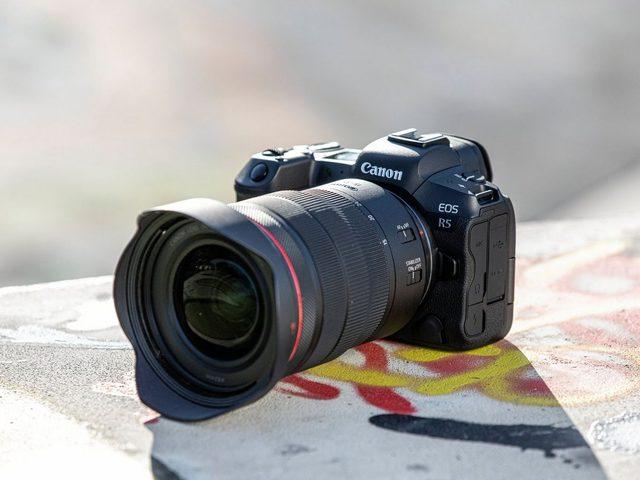 كانون تسجل براءة اختراع لكاميرا ثورية جديدة