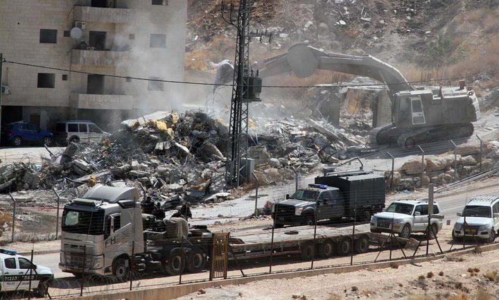الاحتلال يهدم سقيفة جنوب بيت لحم