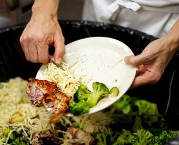 نصائح لتجنب هدر الطعام في المنزل
