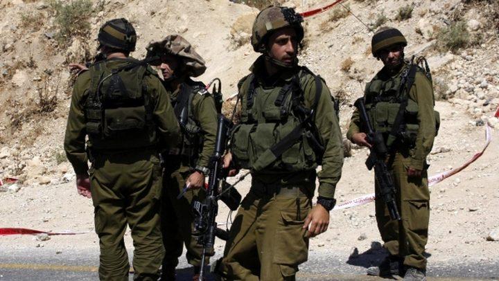 الاحتلال يعتقل شابا من بلدة عقربا جنوب نابلس