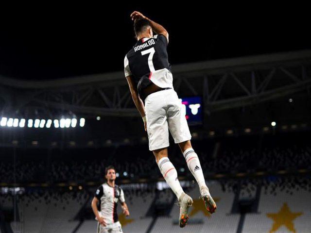 رونالدو يتصدر أفضل هدافي كرة القدم عبر التاريخ