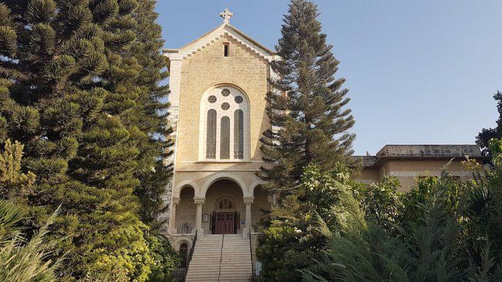 """""""العليا لشؤون الكنائس""""تدين الإعتداء على دير سيدة الاوجاع في القدس"""