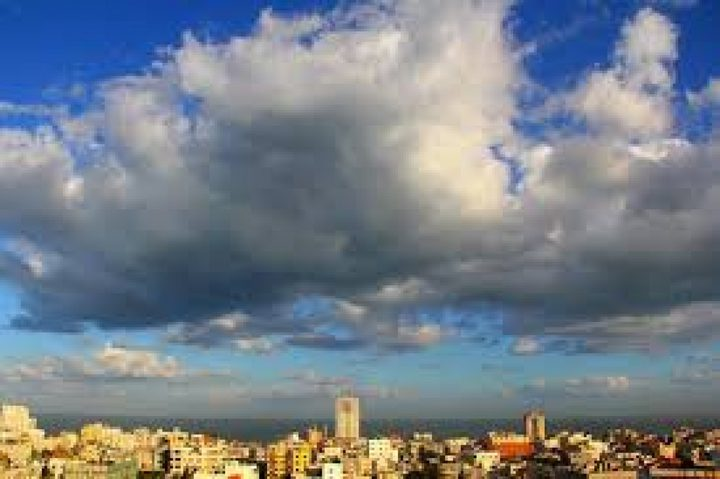 الطقس: ارتفاع على درجات الحرارة نهارا وأمطار متفرقة ليلاً