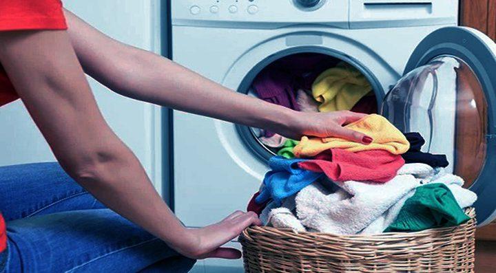 تحذير غريب: غسل الملابس يدمر القطب الشمالي