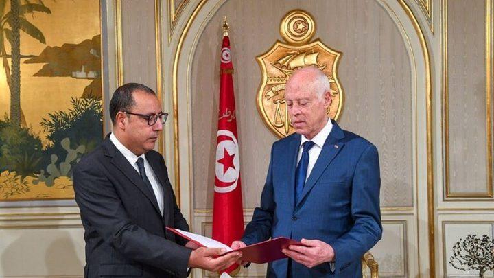 رئيس الوزراء التونسي يجري تعديلا وزاريا واسعا