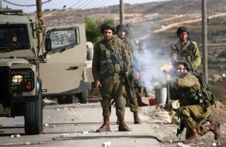 قوات الاحتلال تطلق النار صوب مركبة على مدخل قرية فقوعه