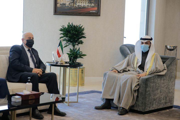 الرجوب يطلع رئيس مجلس الأمة الكويتي على آخر المستجدات السياسية