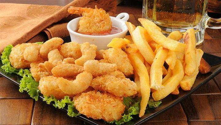 دراسة تحذر: الأطعمة المقلية تسبب أمراضا قاتلة