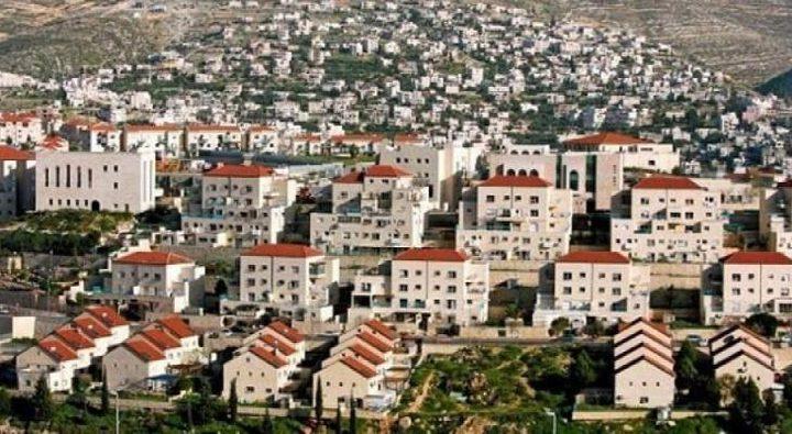 الاحتلال يخطط لبناء 2600 وحدة استيطانية جديدة بالضفة