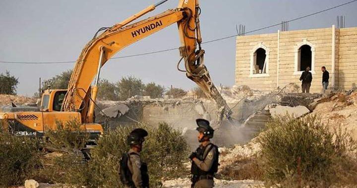 تقرير: سلطات الاحتلال تهدم 24 منزلًا فلسطينيًا خلال أسبوعين