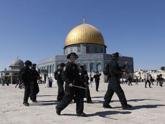 """""""مجلس الأوقاف"""" يحذر من انتهاكات الاحتلال المتواصلة بحق الأقصى"""