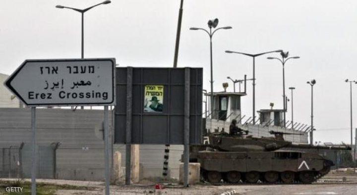 قوات الاحتلال تعتقلمواطنا من غزة على حاجز بيت حانون