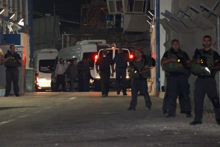 """نقل الأسير أيمن سدر إلى المستشفى جرّاء إصابته بـ""""كورونا"""""""