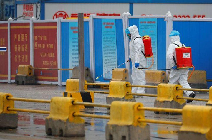 خبراء منظمة الصحة العالمية يزورون أول بؤرة لكورونا في الصين