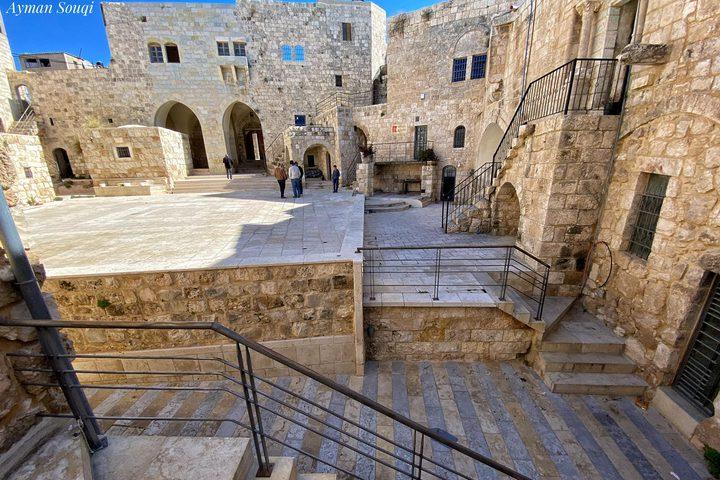 جولة في قلعة الخواجا وسط قرية نعلين غرب مدينة رام الله  تصوير : أيمن سوقي
