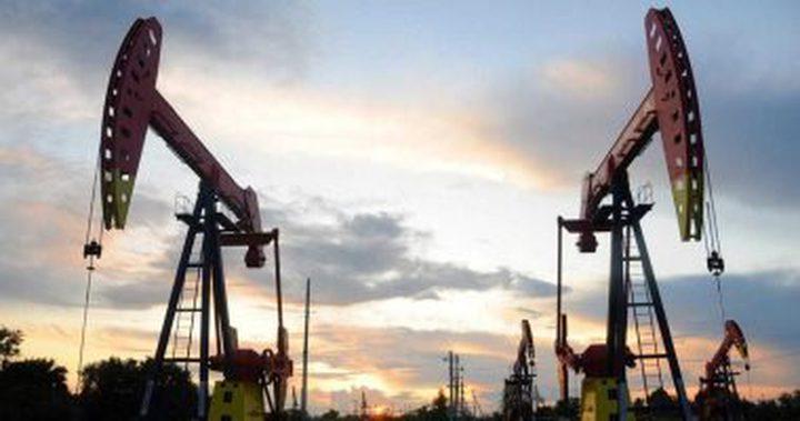 النفط يصعد رغم تعثر عمليات توزيع لقاحات كورونا