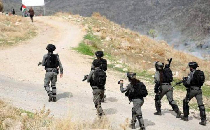 إصابة شابين برصاص الاحتلال خلال مواجهات شرق رام الله