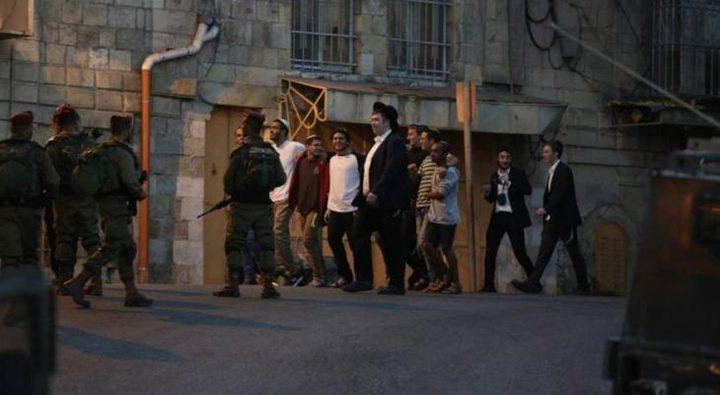القدس: مستوطن يعتدي على الكنيسة الرومانية الأرثوذكسية