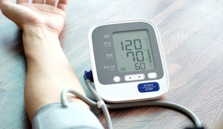 الشتاء وضغط الدم... آليات محتملة لارتفاعه