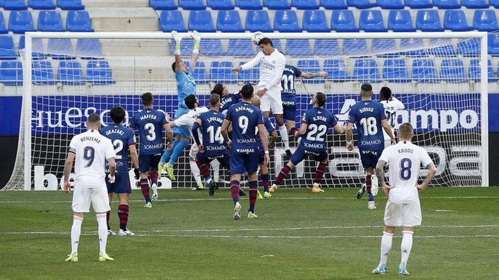 ريال مدريد يفوز على مضيفه هويسكا