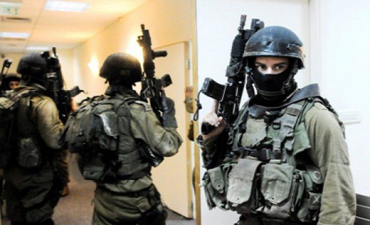 قوات خاصة للاحتلال تختطف شابا من جنين