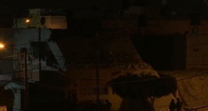 الاحتلال يفجر منزل الأسير محمد كبهاجنوب غرب جنين