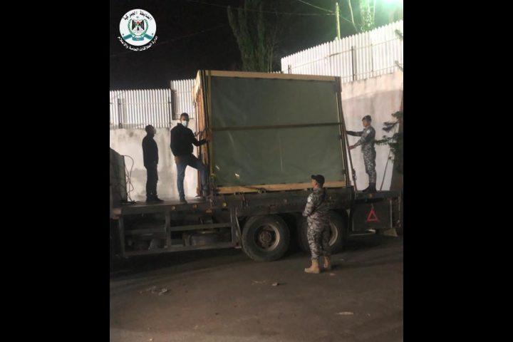 سلفيت: ضبط شاحنة زجاج خام مهرب من مستوطنة أرئيل