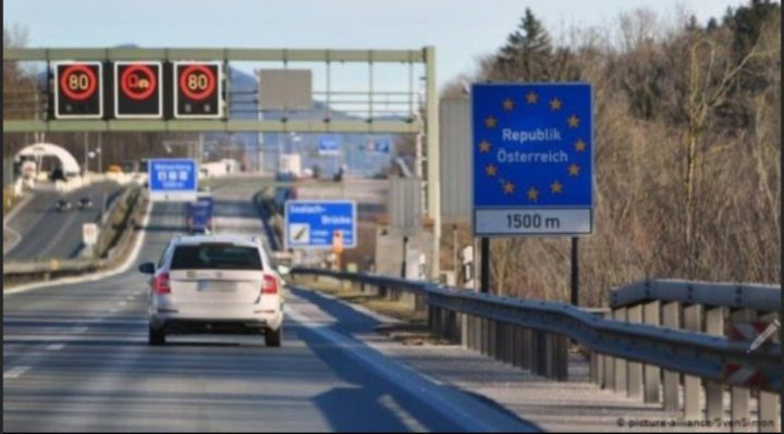 وزير الصحة الألماني: لا مفر من إغلاق الحدود