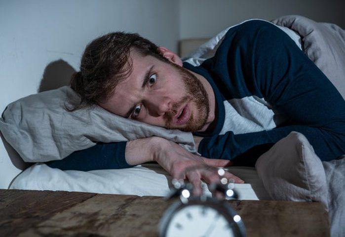 تعرف على أبرز  الأشياء التي تسبب القلق في الليل