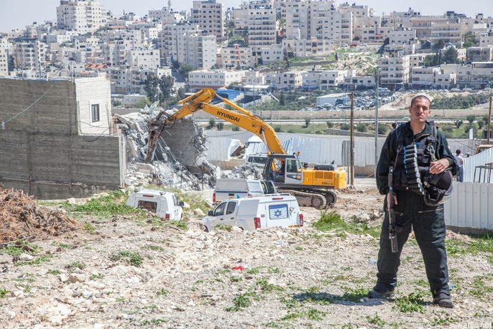 نابلس: الاحتلال يخطر بهدم 15 منزلا في بلدة يتما