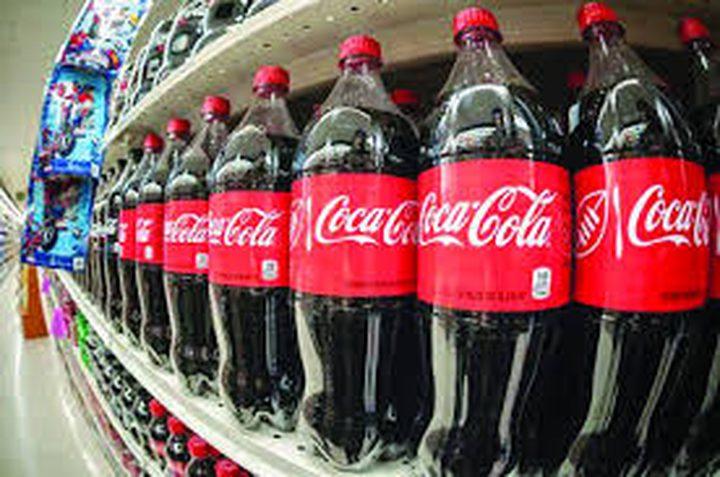 كوكاكولا تتجه إلى بيع مشروباتها في زجاجات ورقية لهذا السبب